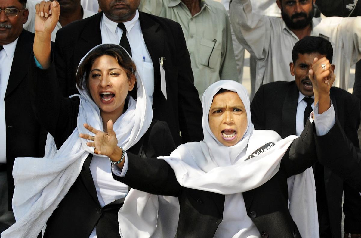 وکلاء کہتے ہیں کہ عدلیہ کی آزادی کے لیے 2007 کی طرز پر تحریک چلائییں گے